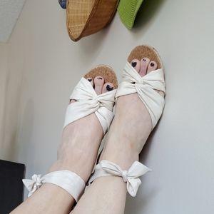 UGG Sandals Tie Cream NWOT Sz 10